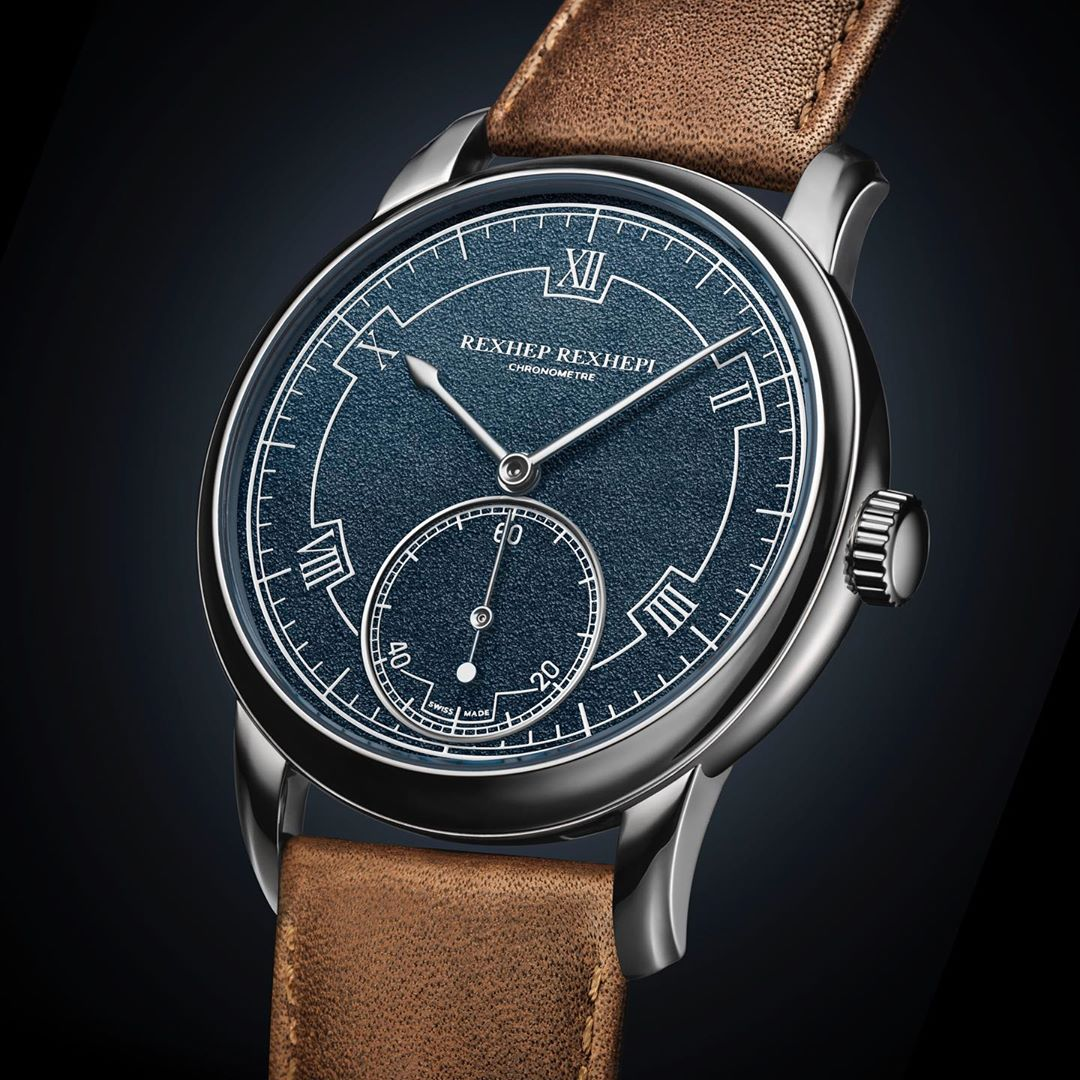 Akrivia's Chronomètre Contemporain watch