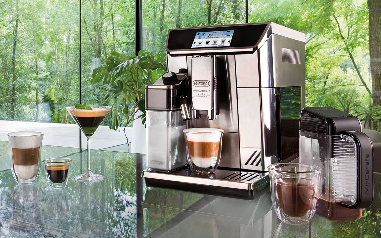The De'Longhi Prima Donna Elite coffee machine