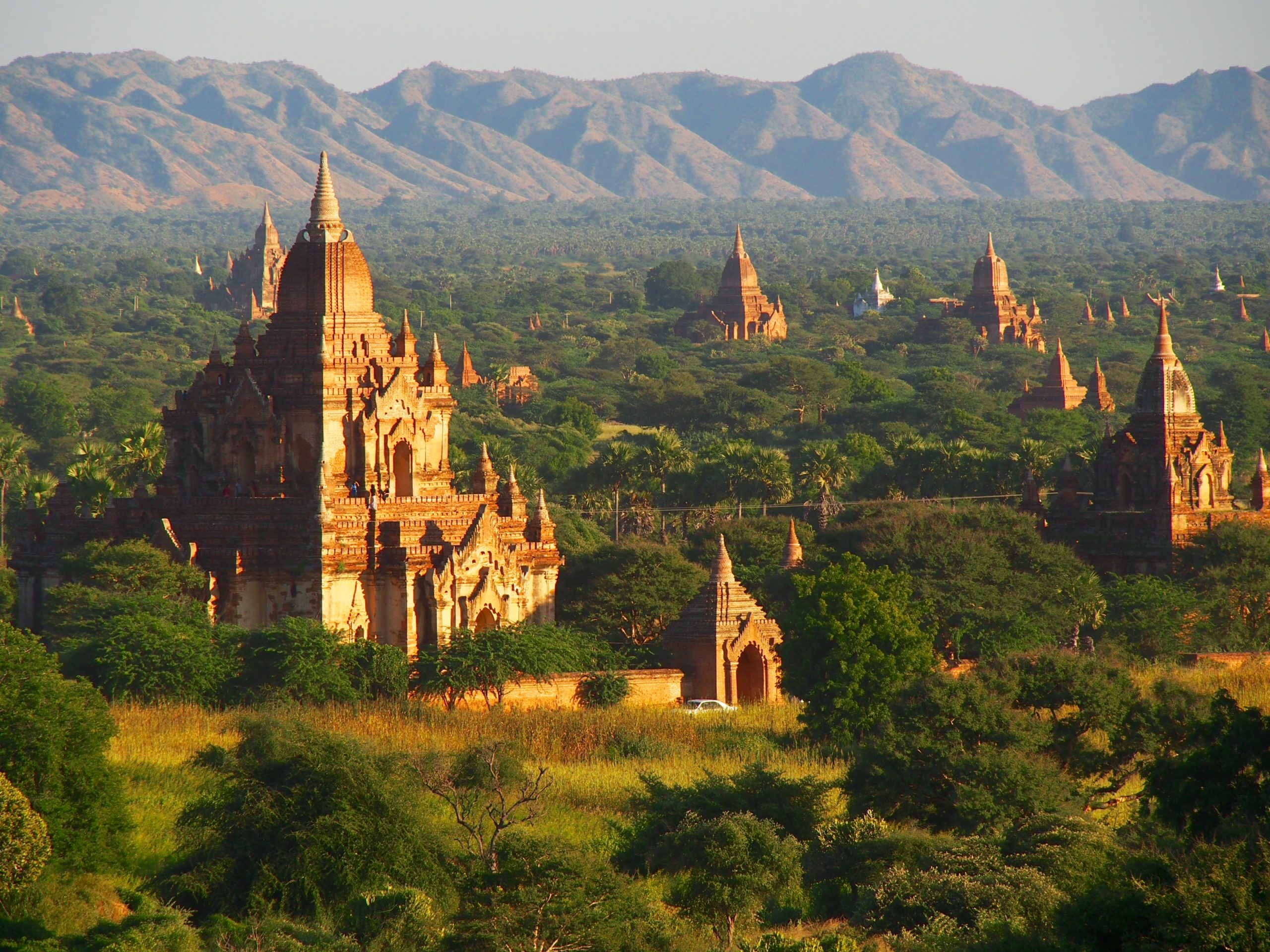 temples and pagoda in myanmar