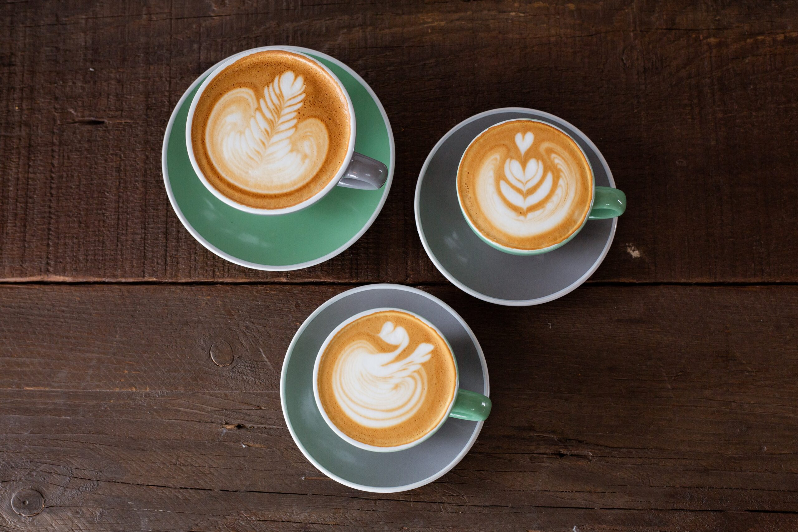3 cups of latte with art